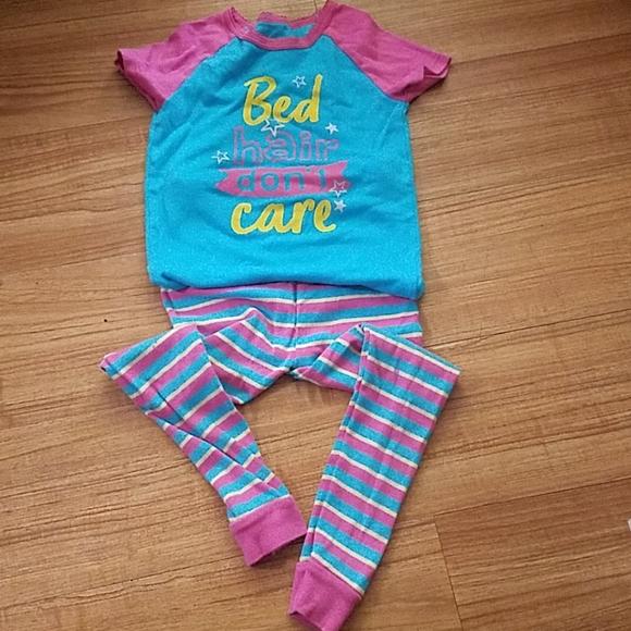 Sleepwear/pajama size 5T